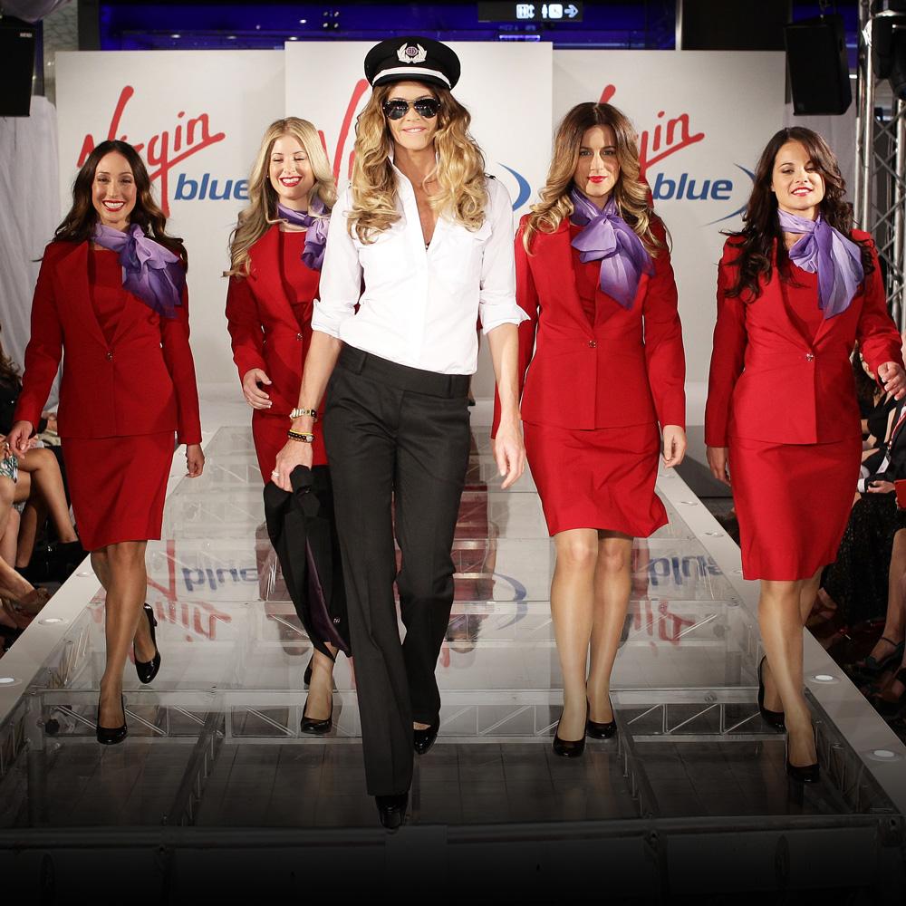 Elle-Macpherson-Richard-Branson-Australia-Virgin-Blue-New-Uniform-Launch