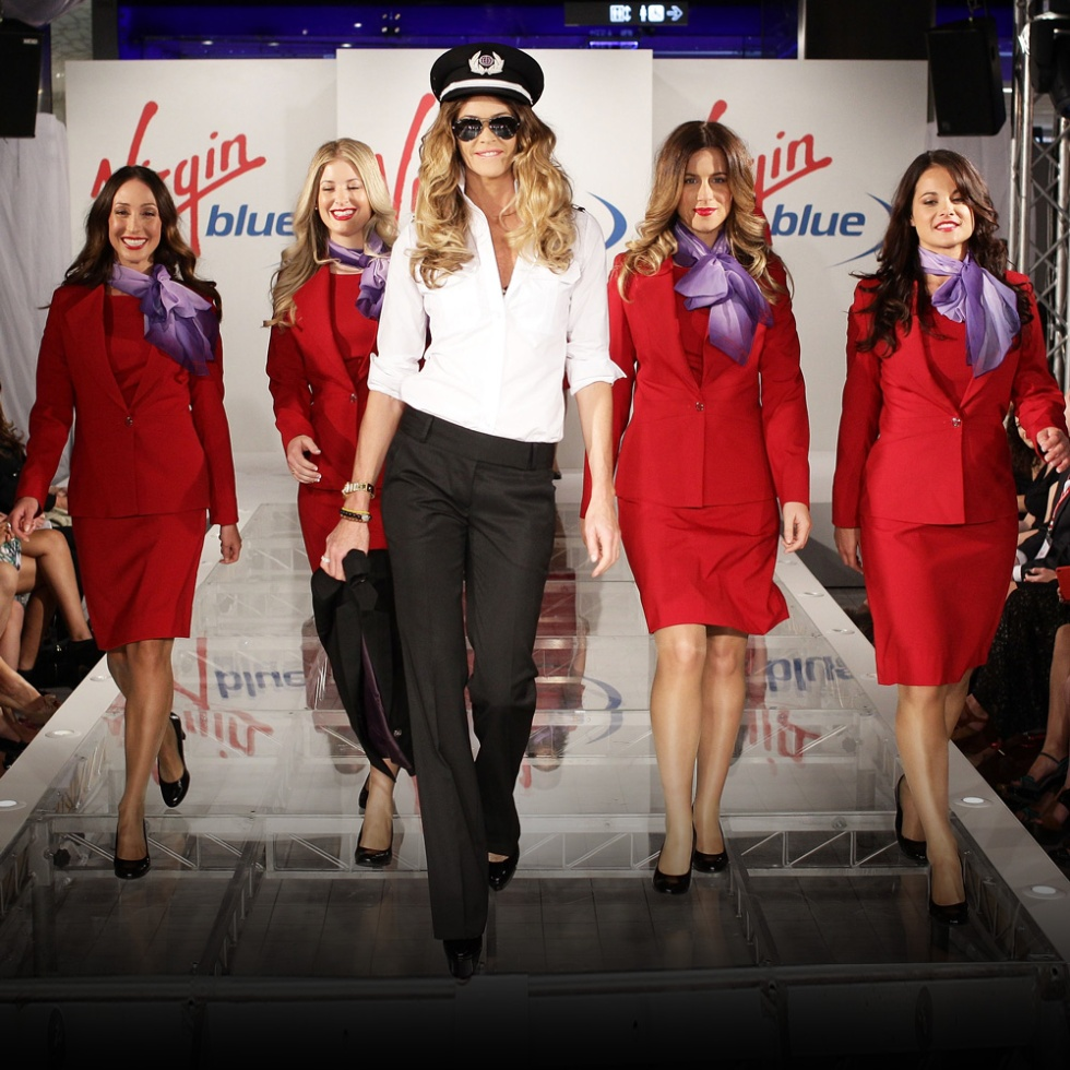 Elle-Macpherson-Richard-Branson-Australia-Virgin-Blue-New-Uniform-Launch