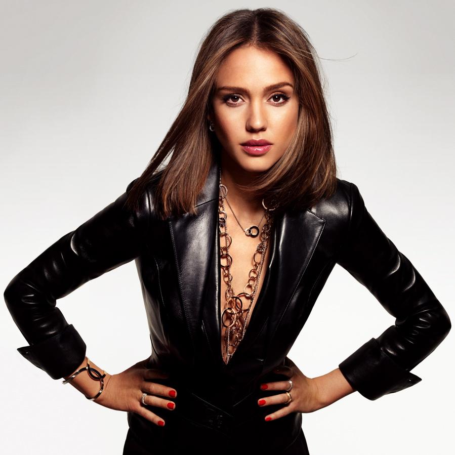 Jessica-Alba-Piaget