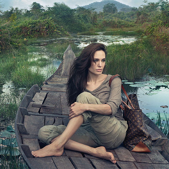 Louis-Vuitton-Angelina-Jolie