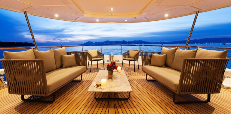 Haute-Today-Yacht-Deck-Exterior