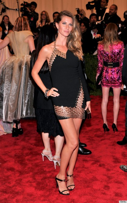 Gisele Bündchen in Anthony Vaccarello