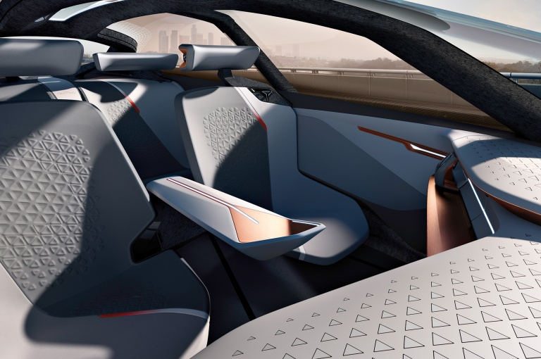 haute-today-bmw-vision-next-100-interior