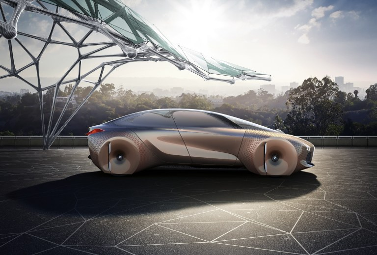haute-today-bmw-vision-next-100-side