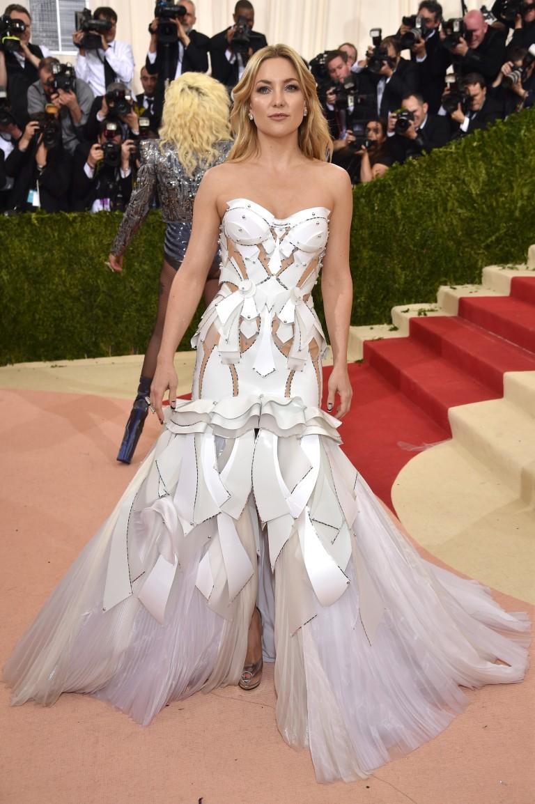 Kate Hudson MET Gala 2016