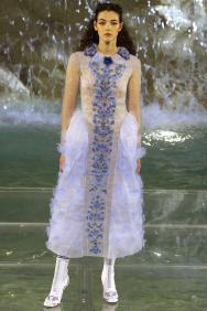 Fendi-90-Anniversary-Fashion-Show-Look-2
