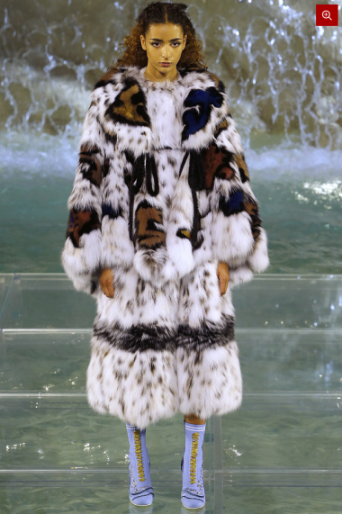 Fendi-90-Anniversary-Fashion-Show-Look-5
