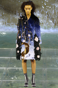 Fendi-90-Anniversary-Fashion-Show-Look-7