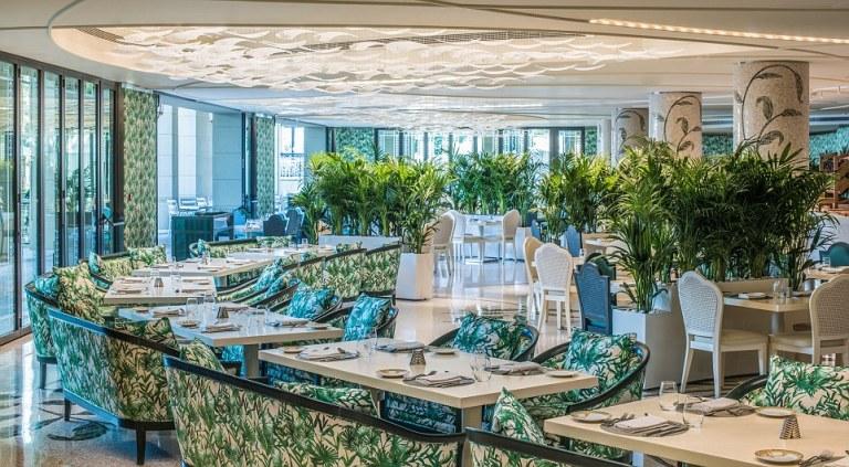Haute-Today-Palazzo-Versace-Dubai-Restaurant
