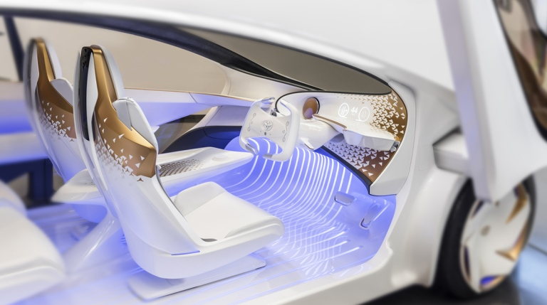 haute-today-toyota-concept-car-ces-interior