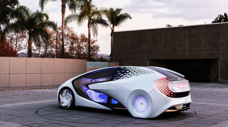 haute-today-toyota-concept-car-ces-side